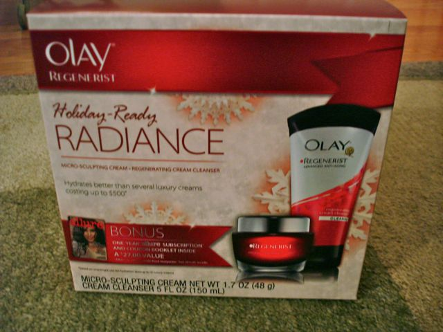 Olay Regenerist Holiday Gift Set