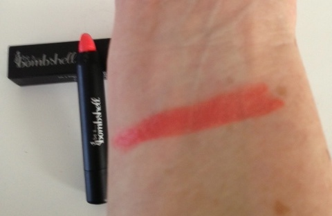 Be A Bombshell lip crayon, Some Beach, swatch