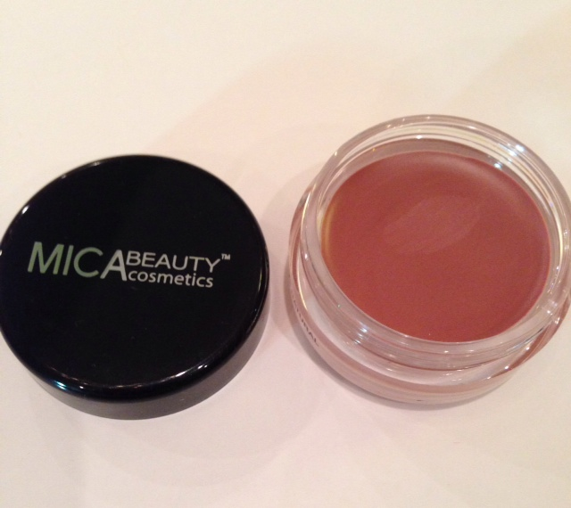 Mica Beauty Cosmetics shadow/bronzer