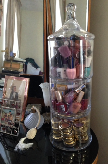 3 tier apothecary jar to store nail polish and eyeshadow singles neversaydiebeauty.com @redAllison