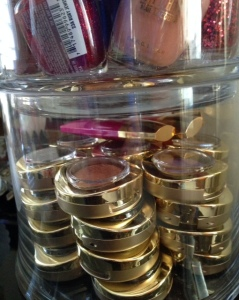eye-shadow-singles-storage-jar