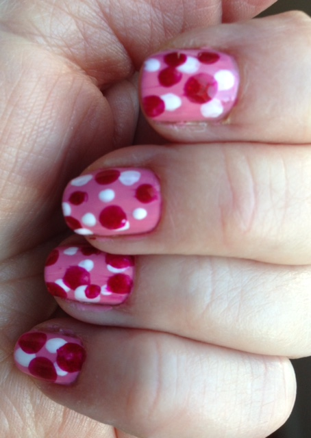 polka dot manicure for Valentine's Day