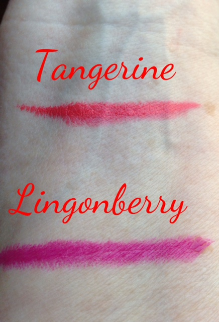 mini-lipstick duo in Tangerine and Lingonberry