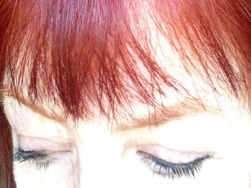 CoverGirl-Intensify-Me-eyes-closed