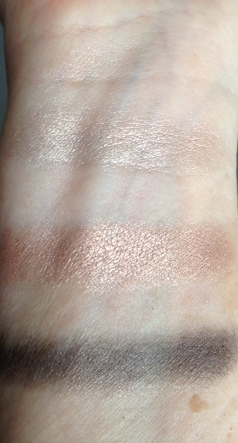GA-DE-eyeshadow-swatches