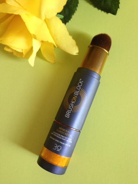 mineral sunscreen powder spf 30, Brush On Block dispenser