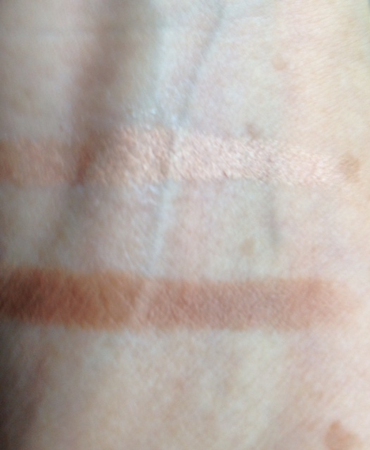 em Cosmetics Chiaroscuro Contour and Highlighter Stick, swatches Light