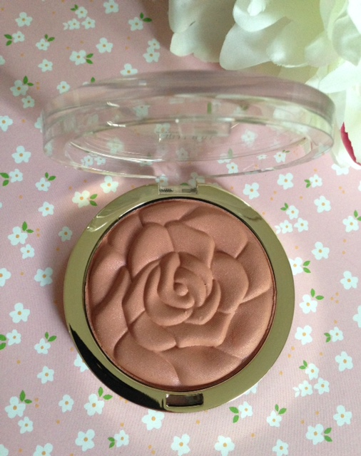 Milani limited edition powder blush in Awakening Rose, neversaydiebeauty.com @redAllison