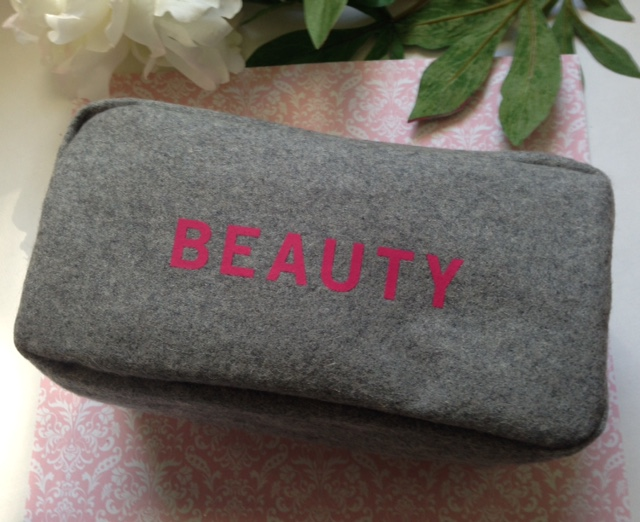 gray felt beauty cop kit gift with purchase from Barney's NY Fall 2015, neversaydiebeauty.com @redAllison