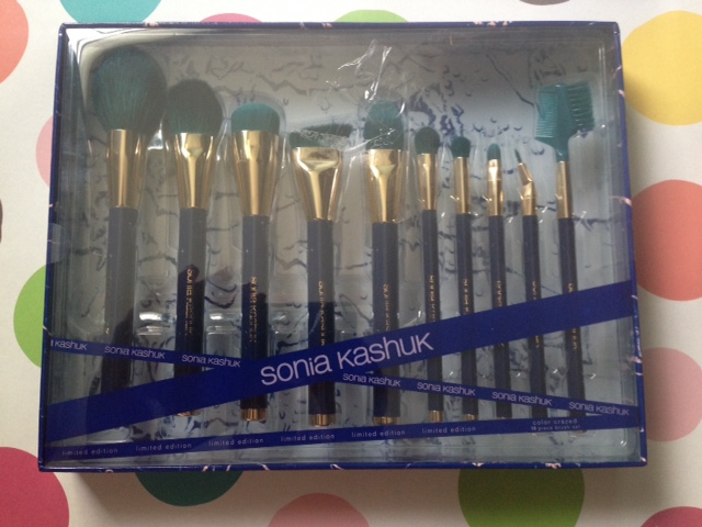 Sonia Kashuk Limited Edition Color Crazed Collection makeup brushes neversaydiebeauty.com @redAllison