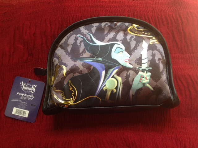 Disney Villains Soho Beauty Makeup Bags Halloween 2015 Walgreens neversaydiebeauty.com @redAllison