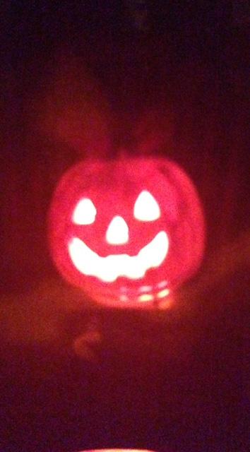 jack o lantern Halloween neversaydiebeauty.com @redAllison