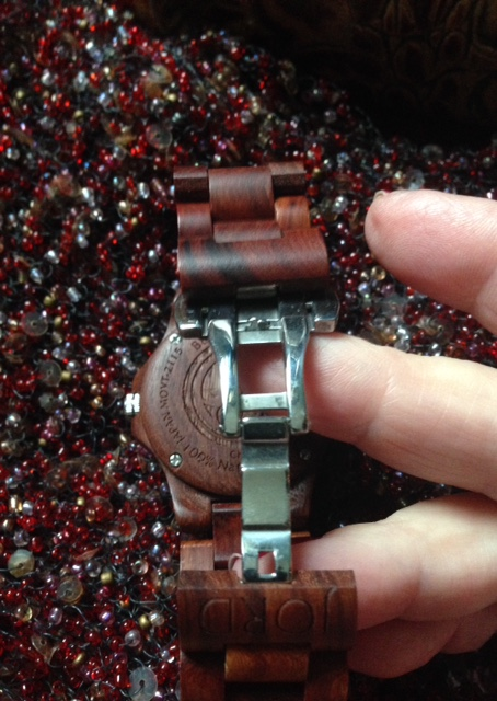 Jord Wood Watch bracelet enclosure latch neversaydiebeauty.com @redAllison