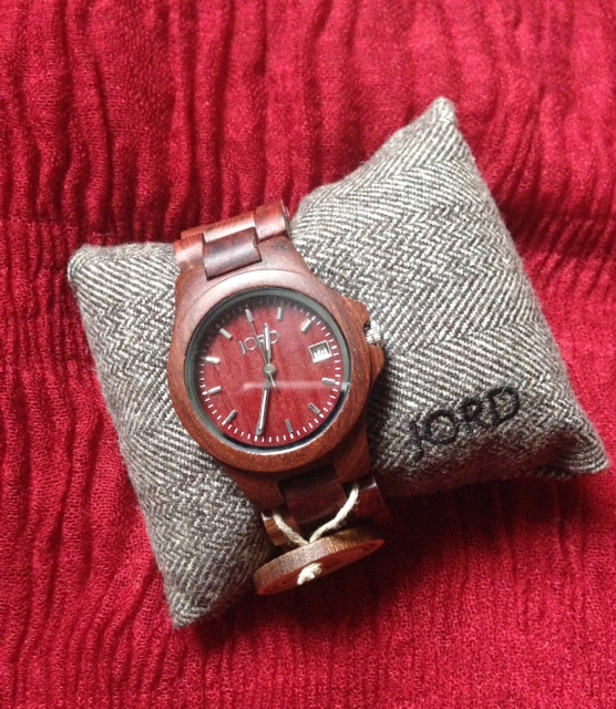 red Jord Wood Watch on presentation pillow neversaydiebeauty.com @redAllison