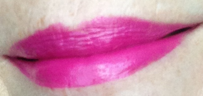 Le Fuchsia YSL Rouge Pur Couture lip swatch neversaydiebeauty.com @redAllison