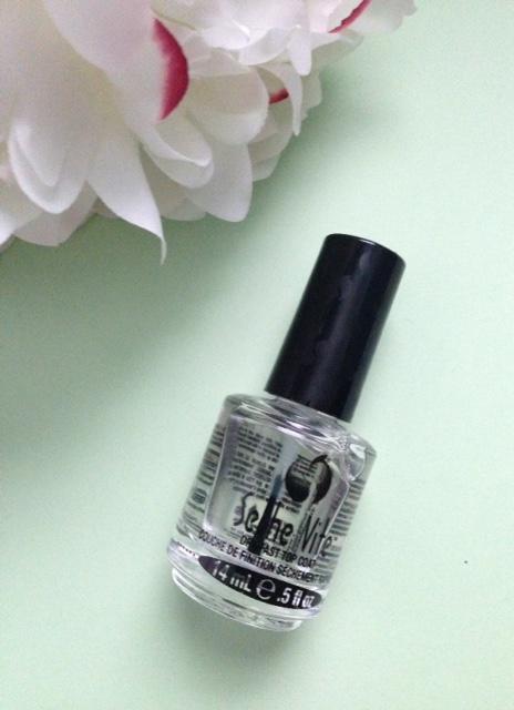 Seche Vite nail polish topcoat neversaydiebeauty.com @redAllison