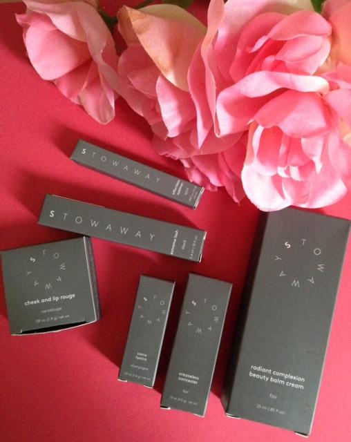 Stowaway Cosmetics outer packaging neversaydiebeauty.com @redAllison