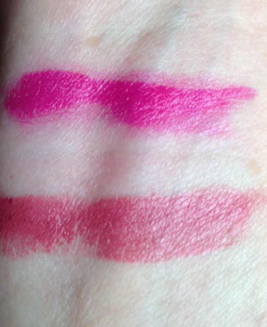 Le Fuchsia and Rose Stilleto swatches YSL Rouge Pur Couture lipsticks neversaydiebeauty.com @redAllison