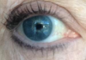 Osmosis Mascara eyelashes neversaydiebeauty.com @redAllison