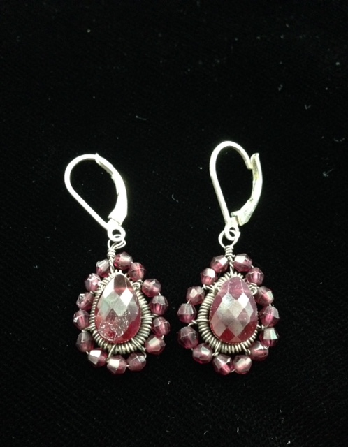 garnet Victorian-style earrings neversaydiebeauty.com @redAllison