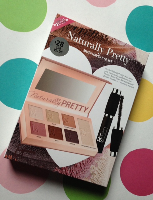 IT Cosmetics Naturally Pretty Must-Haves Eye Set neversaydiebeauty.com @redAllison