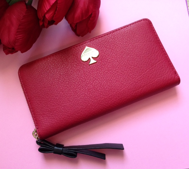 red leather Kate Spade wallet neversaydiebeauty.com @redAllison