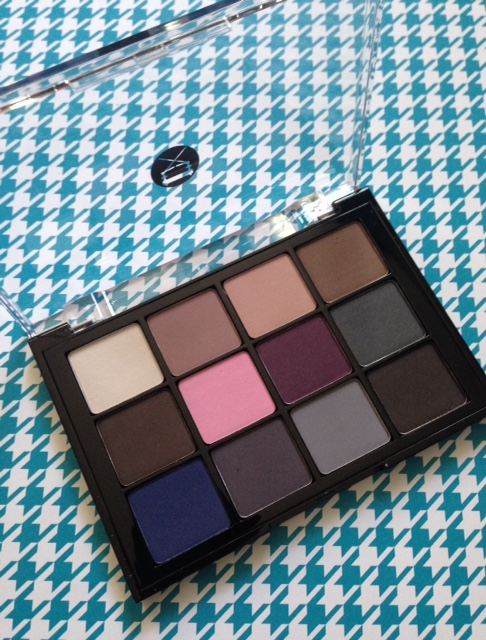 Viseart Cool Toned Matte eyeshadow palette neversaydieeauty.com @redAllison
