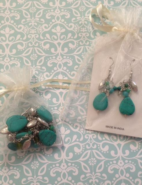 World Vision Gift Catalog handmade jewelry neversaydiebeauty.com @redAllison
