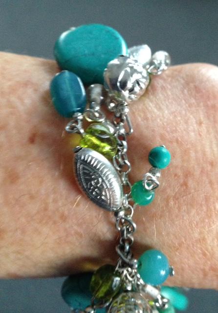 World Vision handmade bracelet neversaydiebeauty.com @redAllison