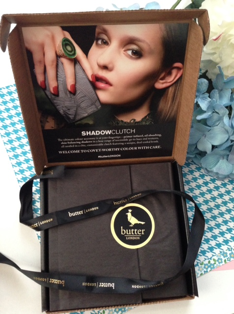 butterLONDON Shadow Clutch packaging neversaydiebeauty.com @redAllison