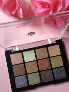 Viseart Paris Eye Shadow Palette neversaydiebeauty.com @redAllison