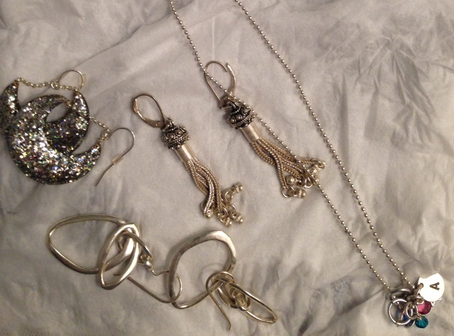 clean silver jewelry using Connoisseurs Jewelry Cleaner neversaydiebeauty.com