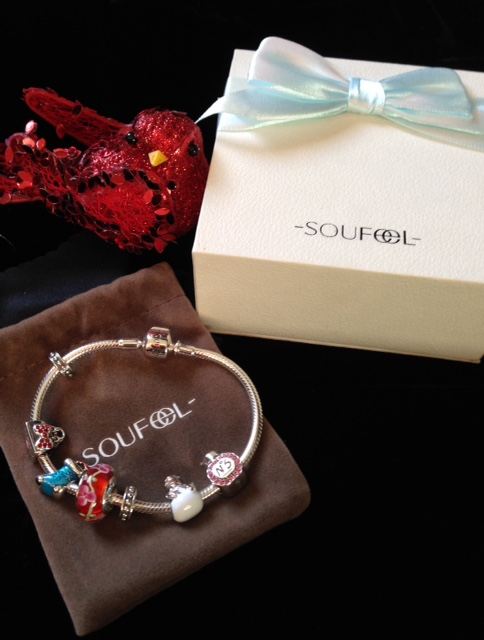 holiday Soufeel charm bracelet neversaydiebeauty.com @redAllison