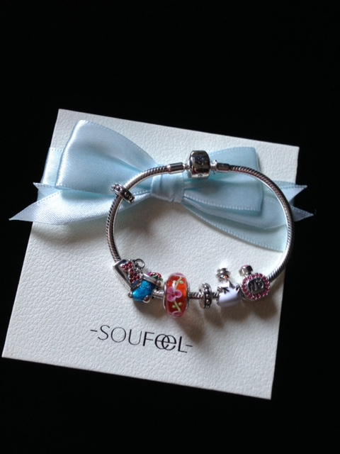 new Soufeel bracelet on presentation box neversaydiebeauty.com @redAllison