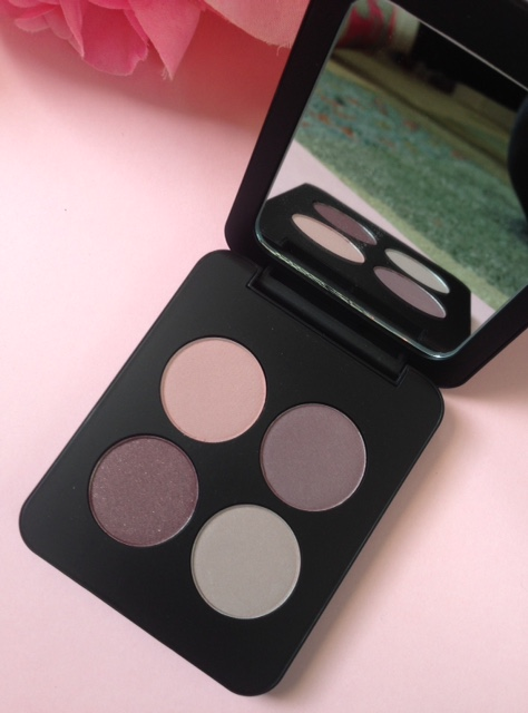 Youngblood Vintage eyeshadow palette shades