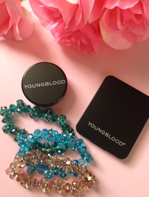 Youngblood blush & eyeshadow neversaydiebeauty.com @redAllison