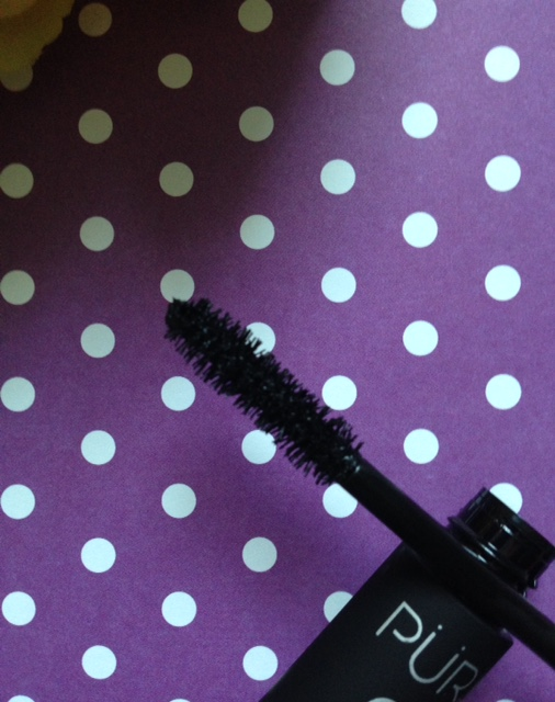 PUR Fully Charged Mascara wand neversaydiebeauty.com @redAllison