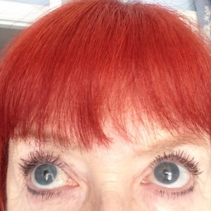 eyes wearing PUR Fully Charged Mascara neversaydiebeauty.com @redAllison