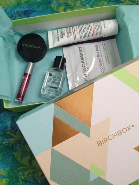 open Birchbox March 2016 revealing the cosmetics inside neversaydiebeauty.com @redAllison