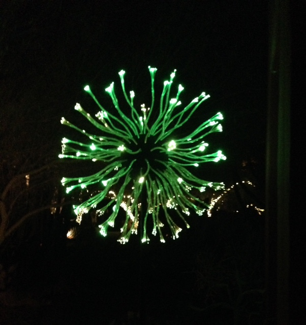 green-ball-illumination