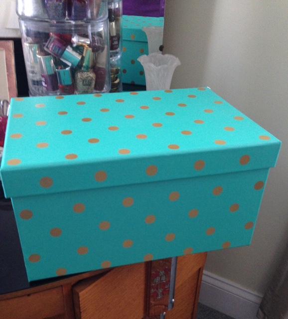aqua polka dot storage box neversaydiebeauty.com @redAllison