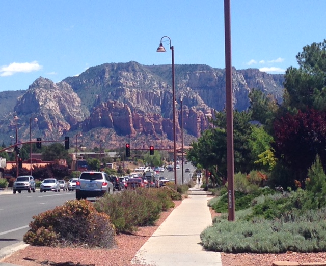 view downtown Sedona AZ neversaydiebeauty.com