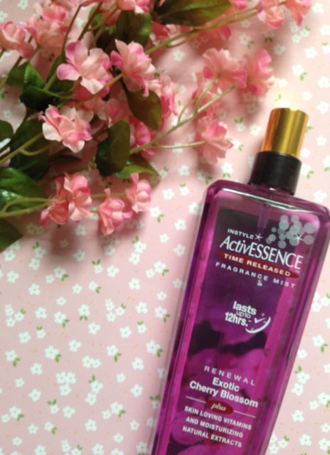 InStyle ActivESSENCE Fragrance Mist in cherry blossom neversaydiebeauty.com @redAllison