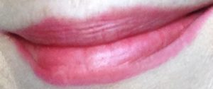 lip swatch of MojoSpa Strawberry Cream mineral lipstick neversaydiebeauty.com @redAllison