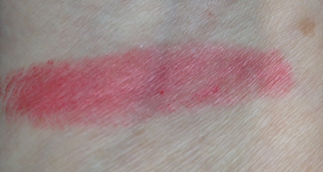 MojoSpa Strawberry Cream Mineral Lipstick swatch neversaydiebeauty.com @redAllison