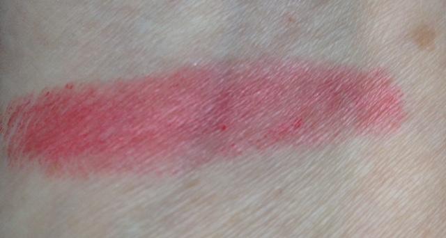 MojoSpa Strawberry Cream Mineral Lipstick swatch neversaydiebeauty.com @redAllison