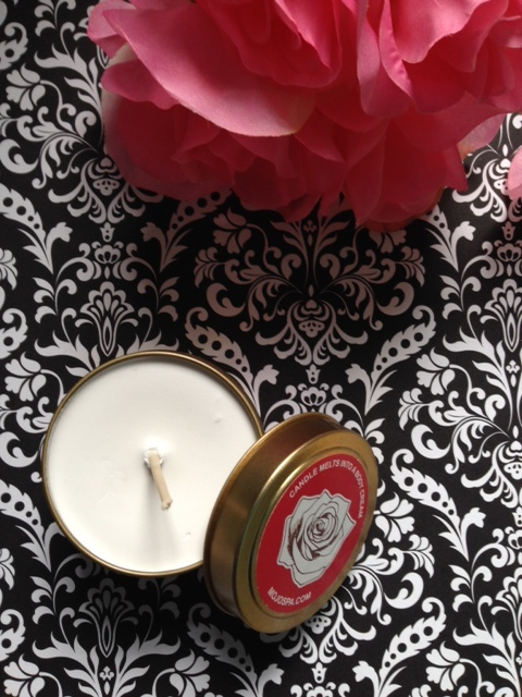 MojoSpa scented Vintage Rose candle that melts into body cream neversaydiebeauty.com @redAllison