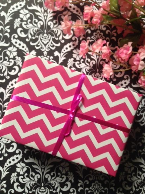 MojoSpa gift box wrapped neversaydiebeauty.com