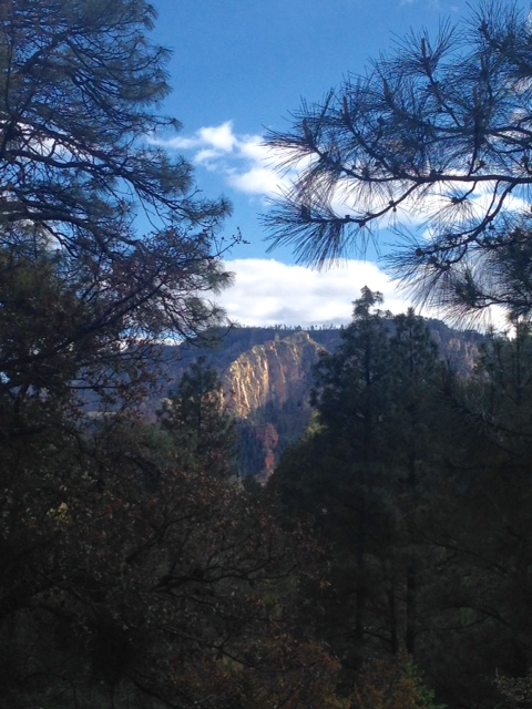 mountain view from the deck of Junipine Resort, Sedona Arizona neversaydiebeauty.com @redAllison