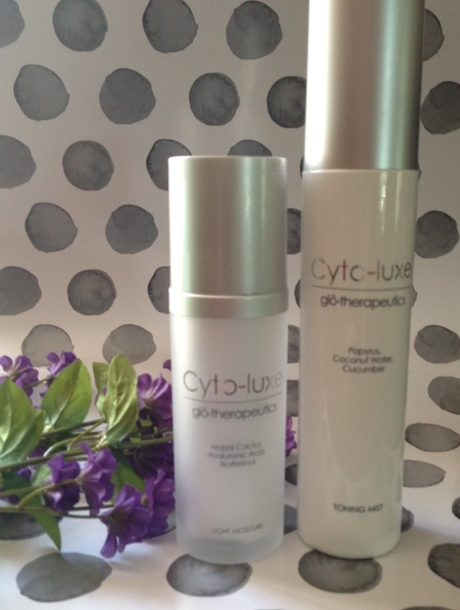 Cyto-luxe Light Moisture and Toning Mist bottles neversaydiebeauty.com @redAllison